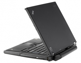 Lenovo ThinkPad T400 rechts u. hinten