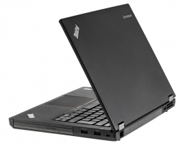 lenovo ThinkPad T440p von rechts u. hinten